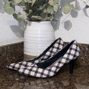 Women's comfort plus heels